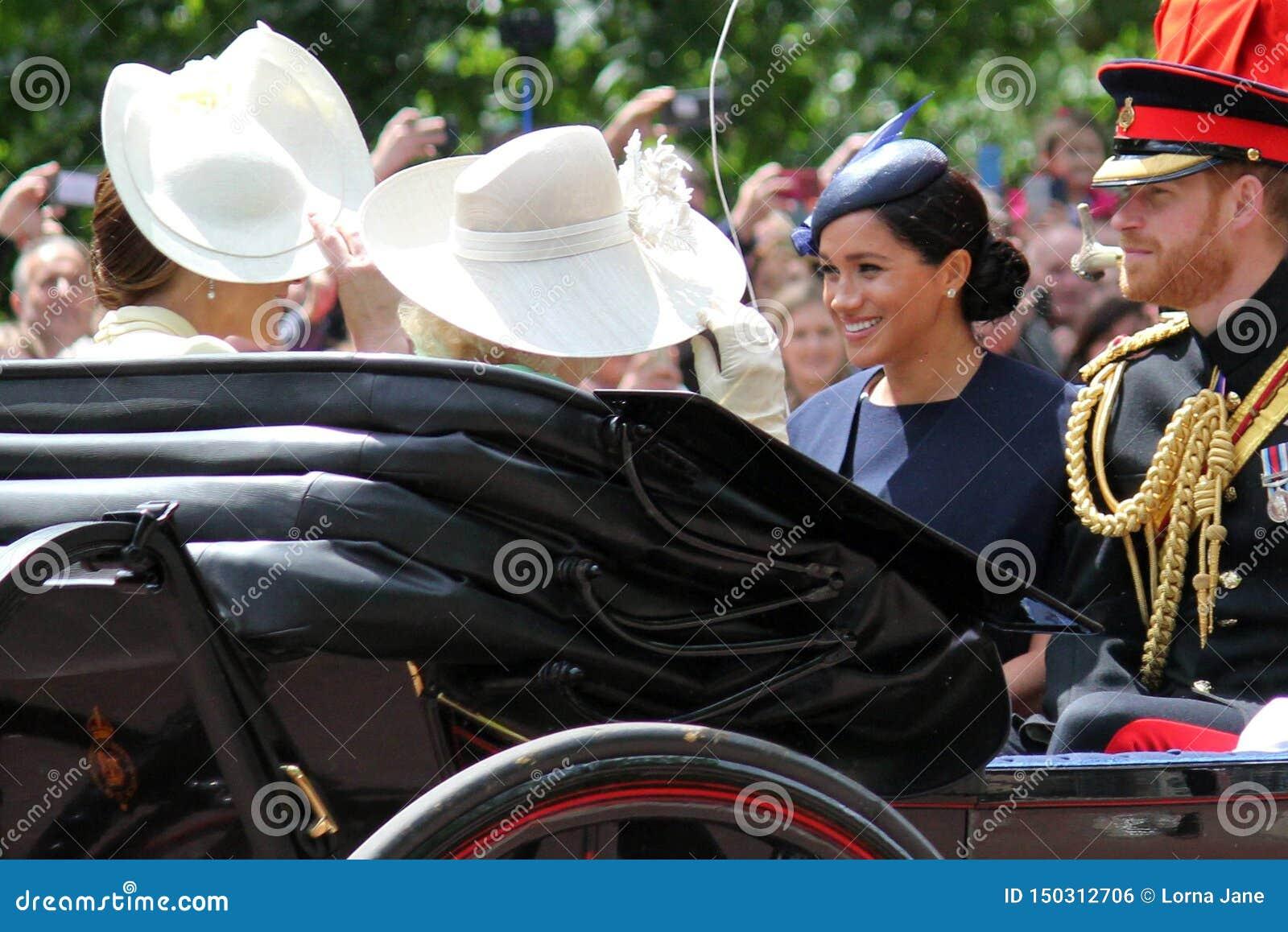 Meghan Markle, Londyński uk 8 2019 Czerwiec - Meghan Markle Kate Middleton zapasu fotografia
