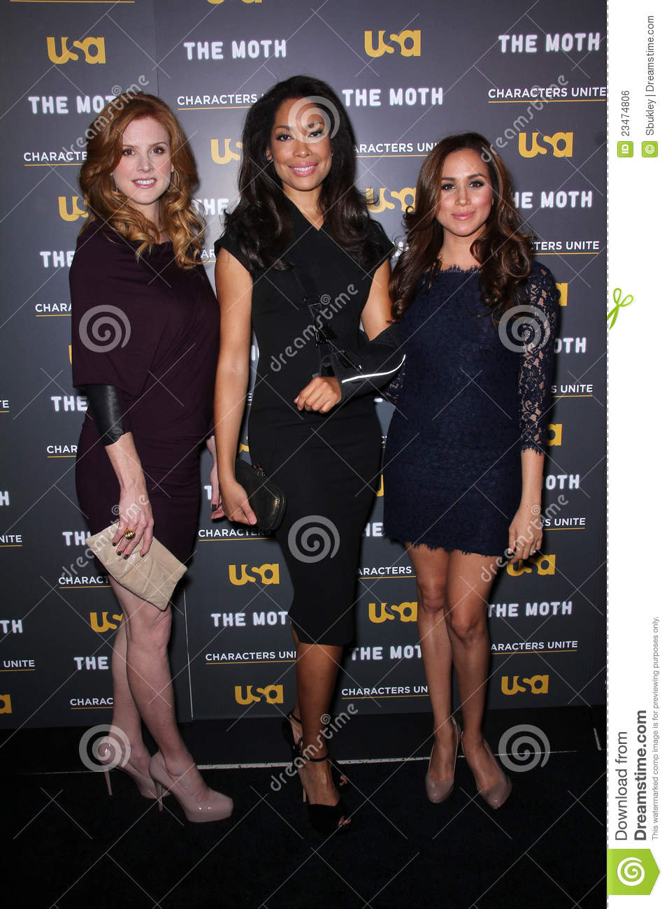 ¿Cuánto mide Sarah Rafferty? - Real height Meghan-markle-sarah-rafferty-gina-torres-23474806