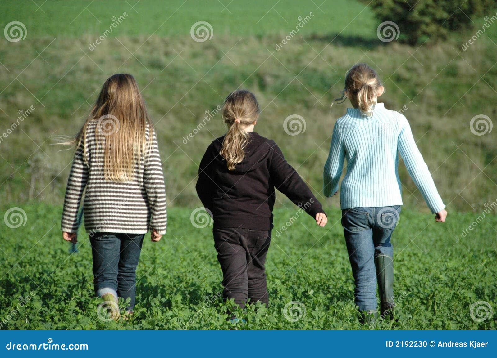 Meilleurs amis, 3 filles