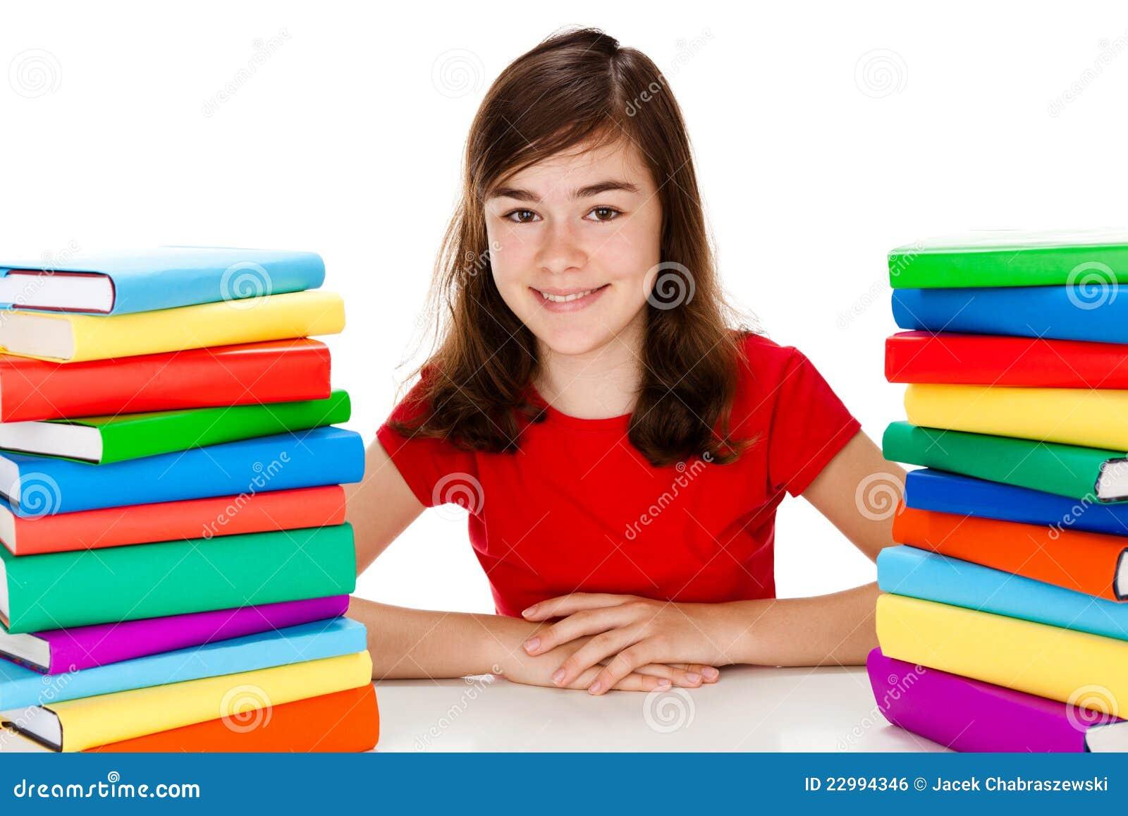 Meisje dat thuiswerk doet