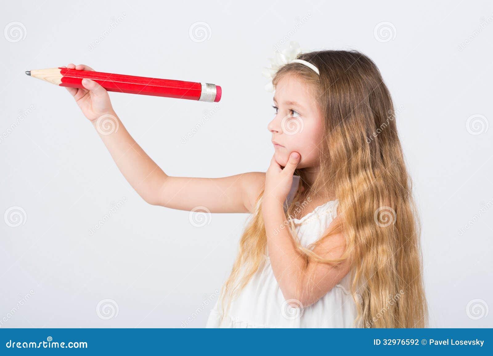 Meisje in haarbanden met een groot potlood stock fotografie afbeelding 32976592 - Foto tiener ruimte meisje ...