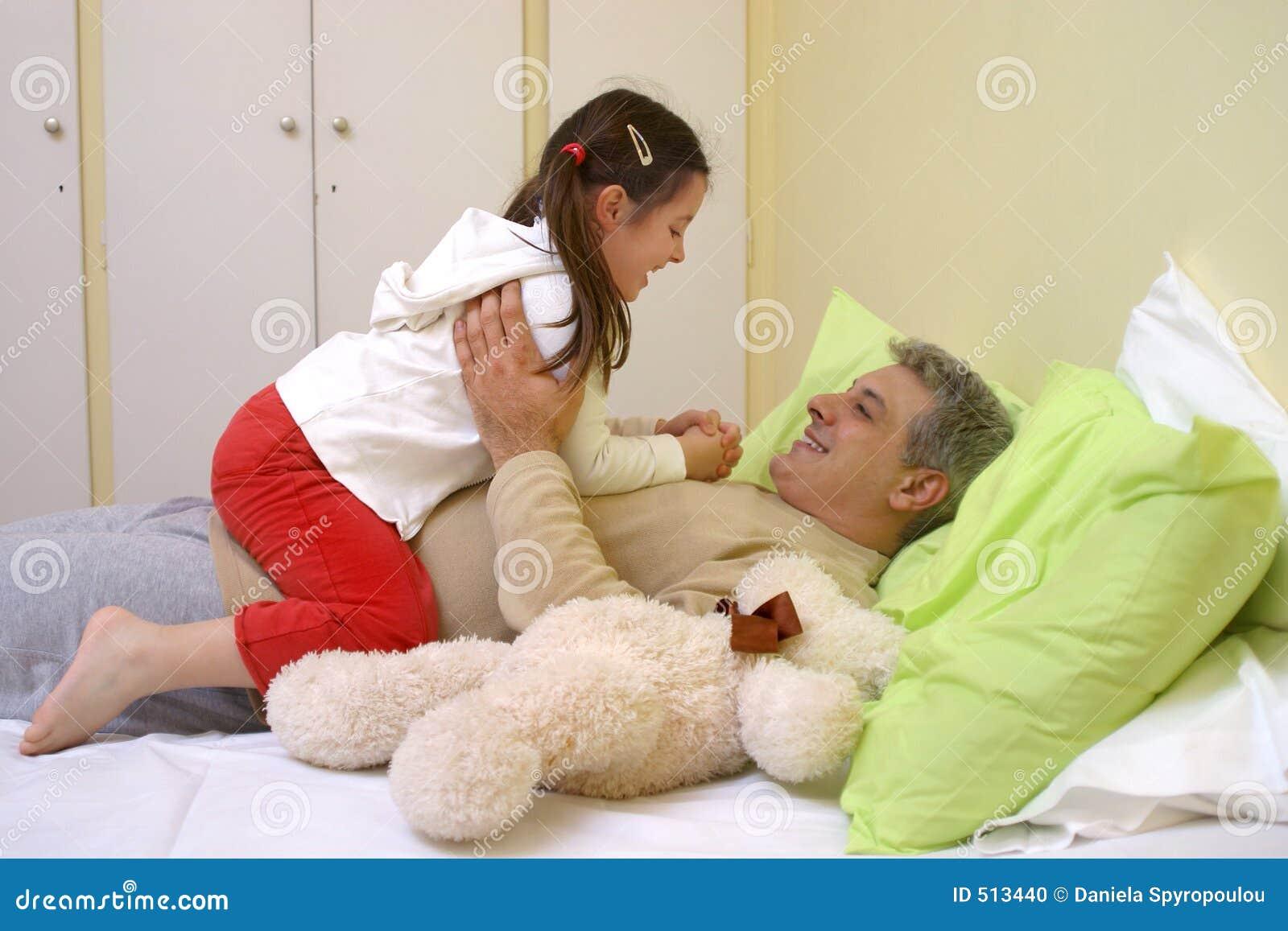 Meisje met haar papa
