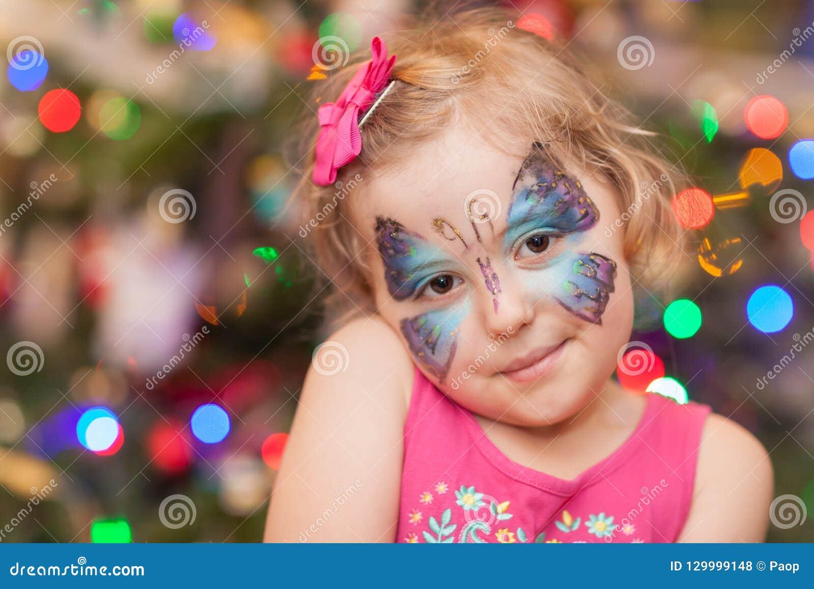 Meisje met Vlindergezicht het Schilderen