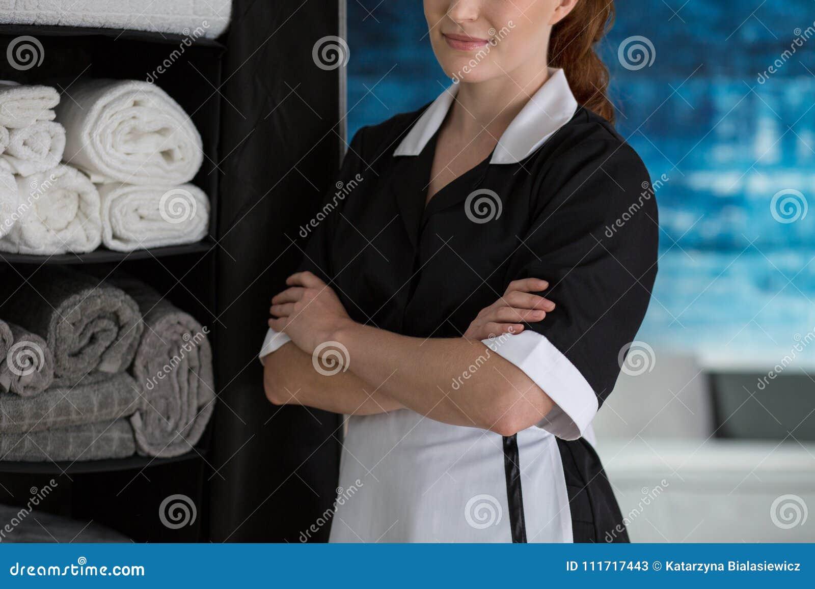 Meisje tevreden met het werk