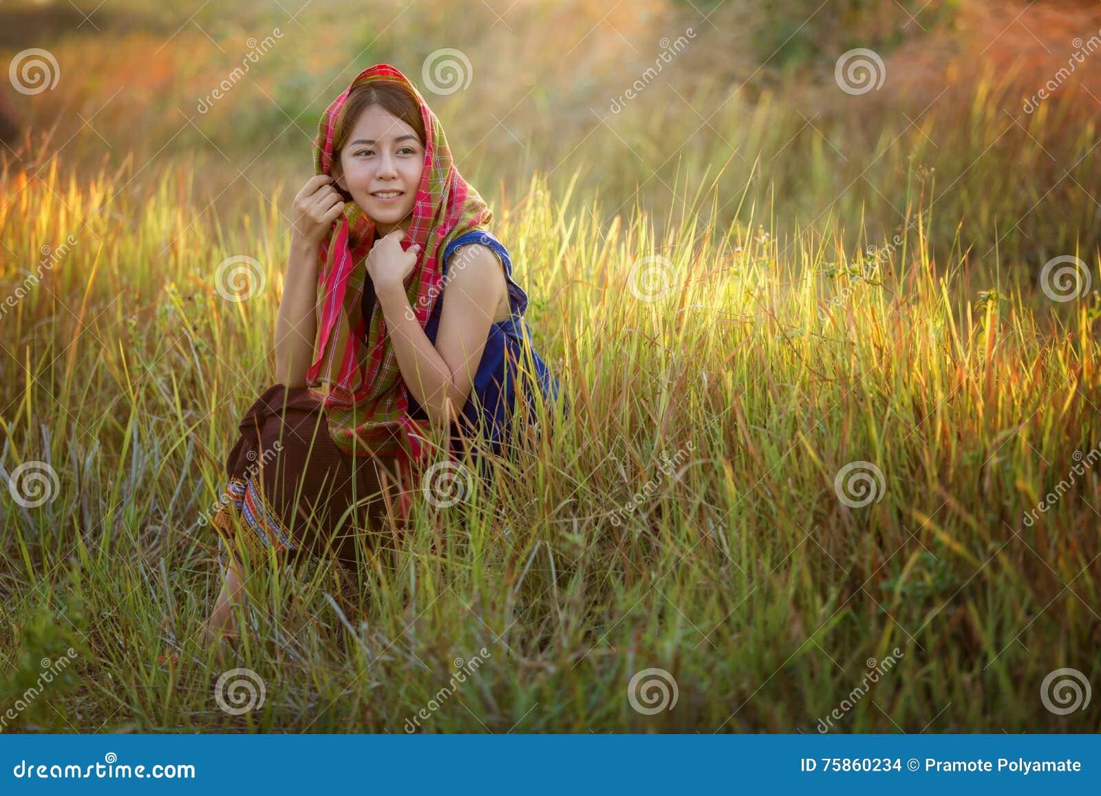 Meisjes in landelijk Thailand