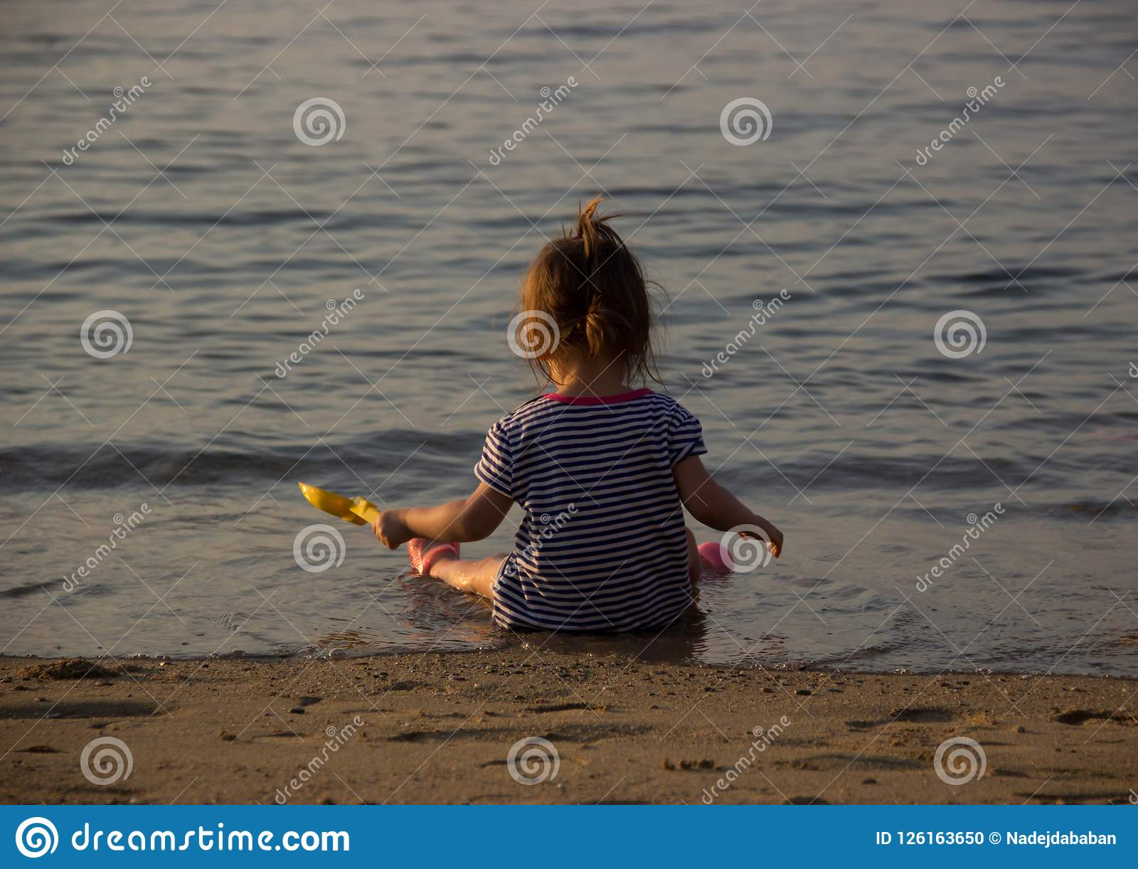 Meisjes seasiut strand