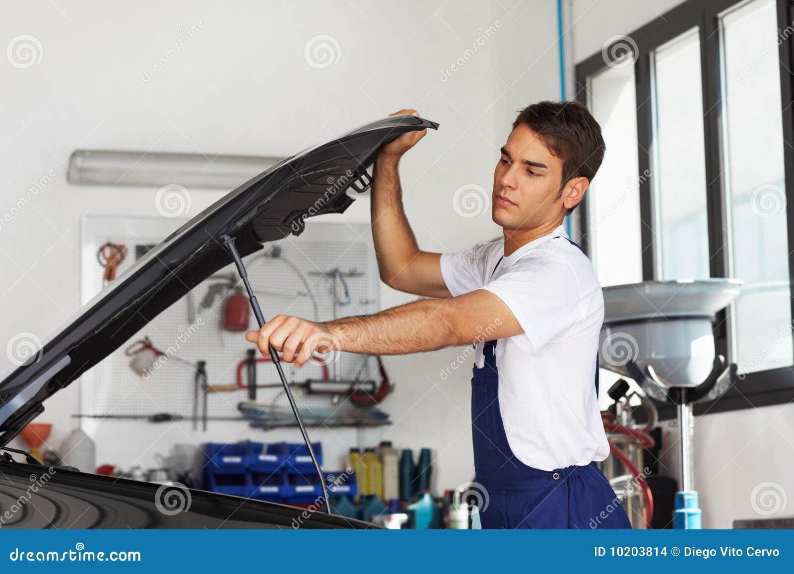 Mekaniker