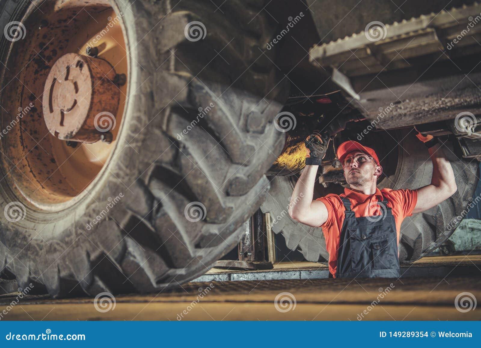 Mekaniker f?r tungt maskineri