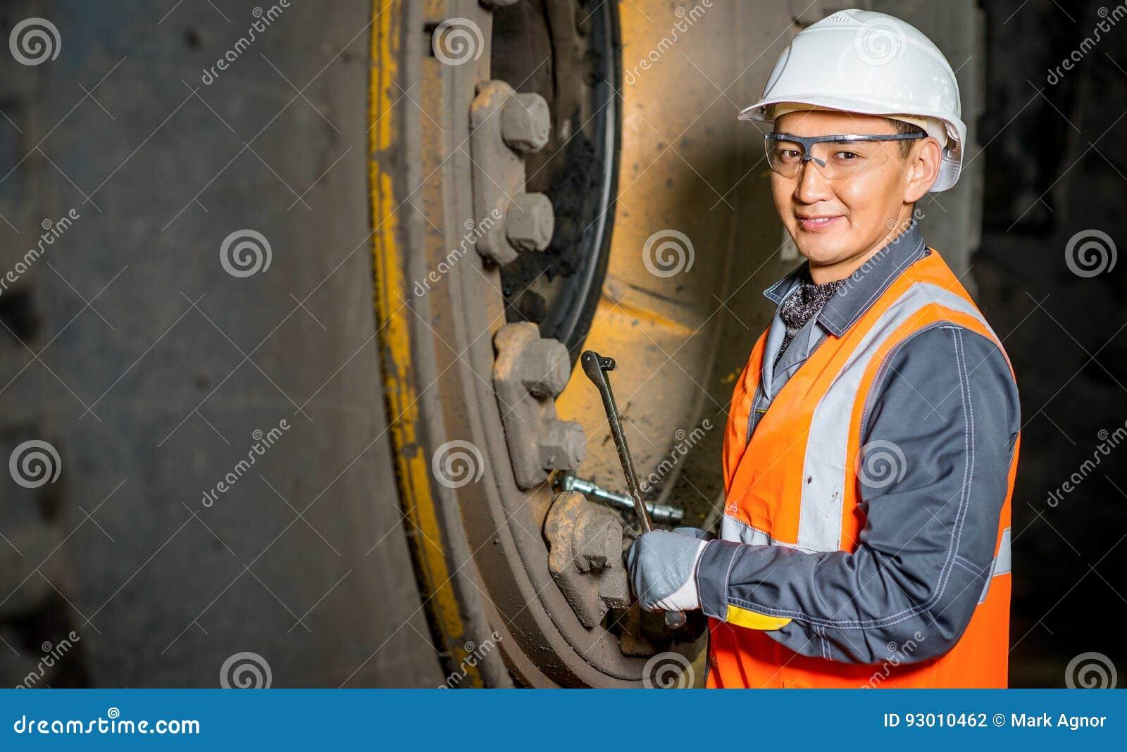 Mekaniker i garaget