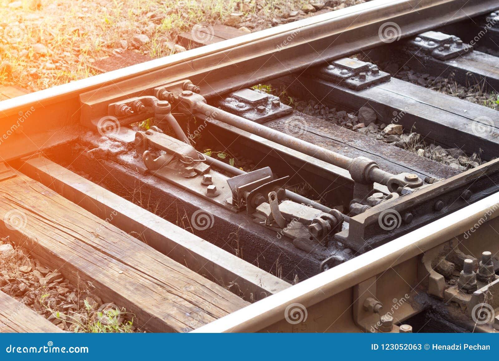Mekanism för automatisk strömbrytare på järnvägen, närbild, järnväg