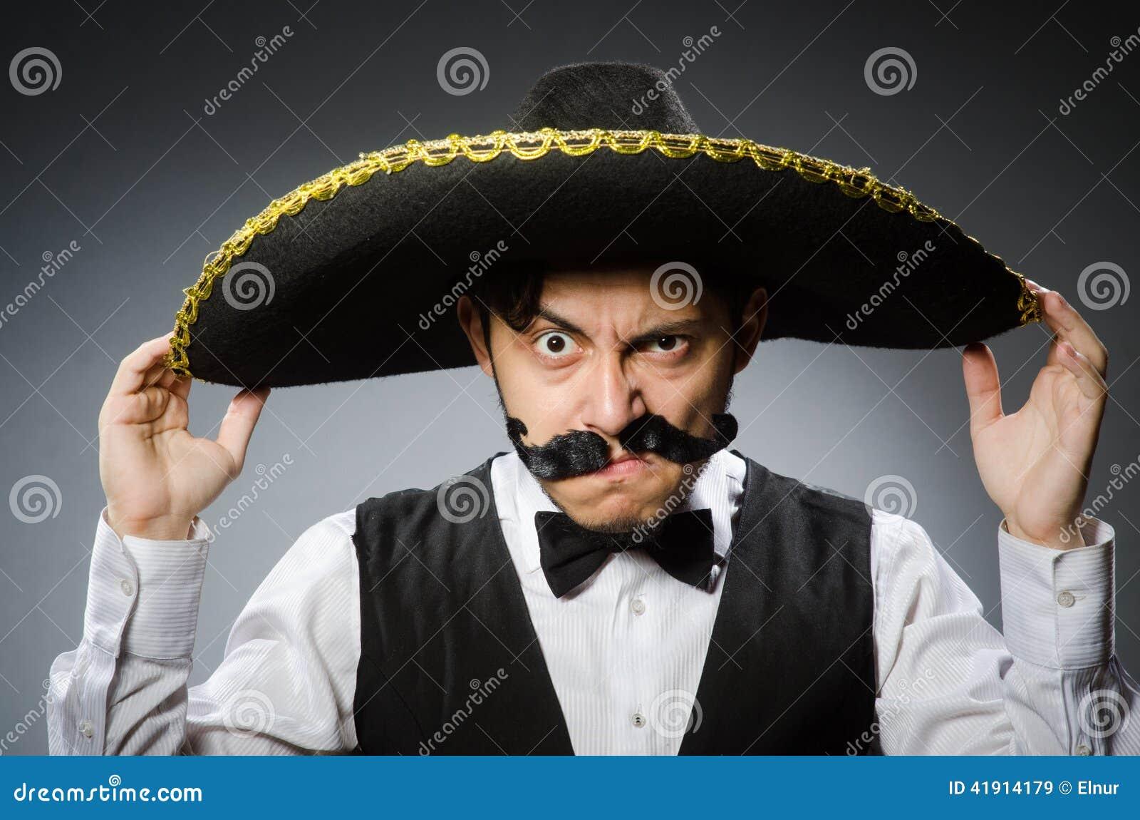 Meksykański mężczyzna w śmiesznym