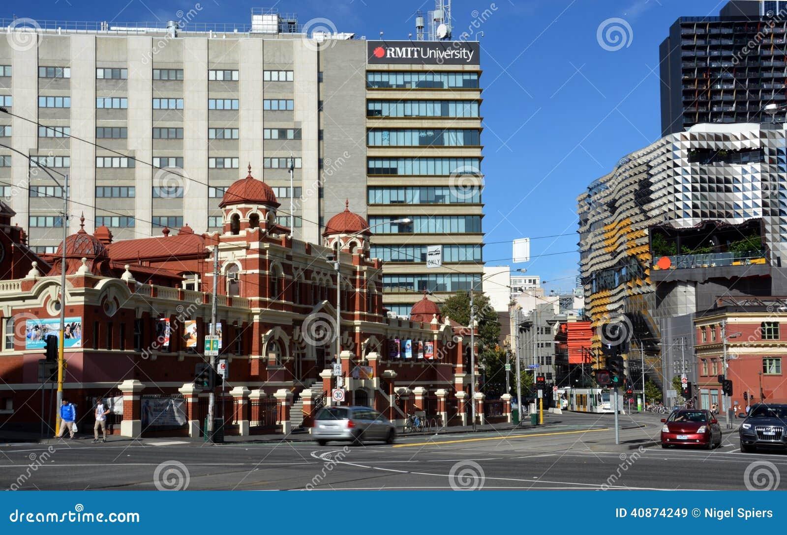 Melbourne społeczeństwa skąpania & centralne miasto budynki