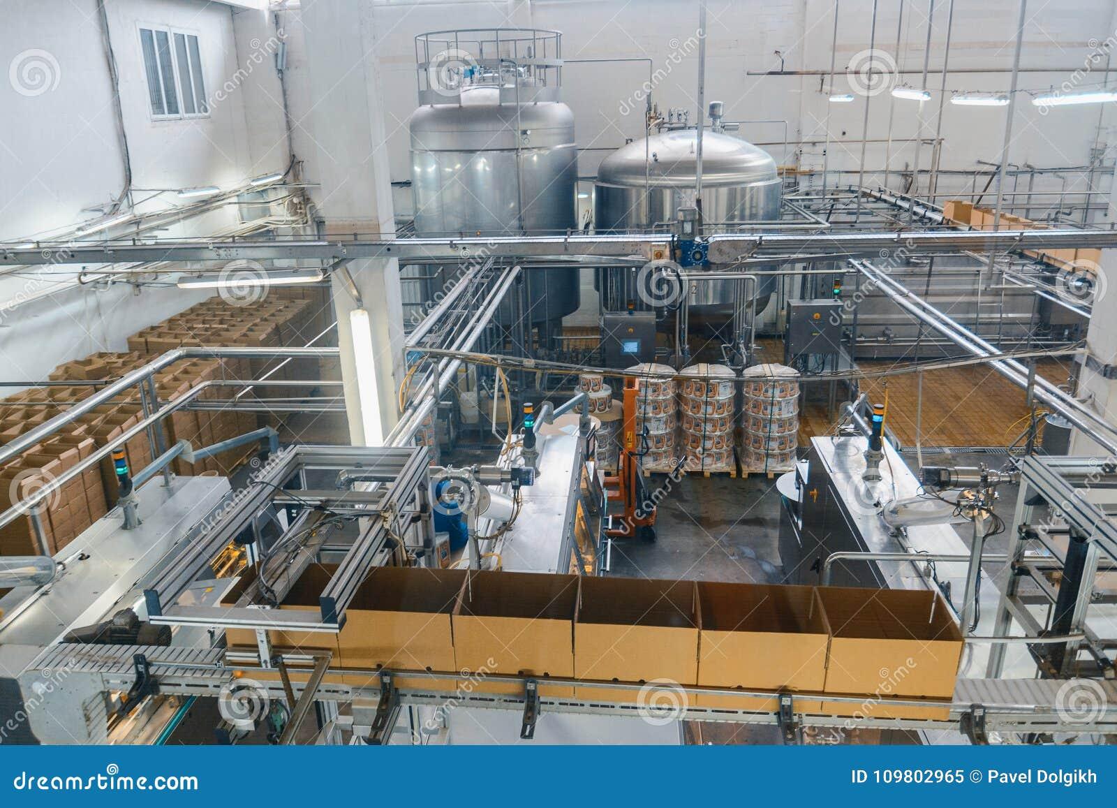 Melk en kaasproductie-installatie