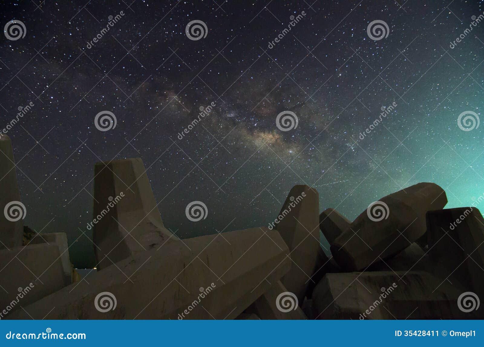 Melkweg over Dolosse