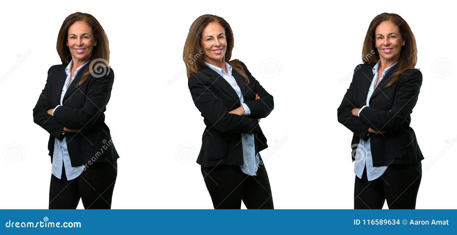 Mellersta ålderaffärskvinna med långt hår
