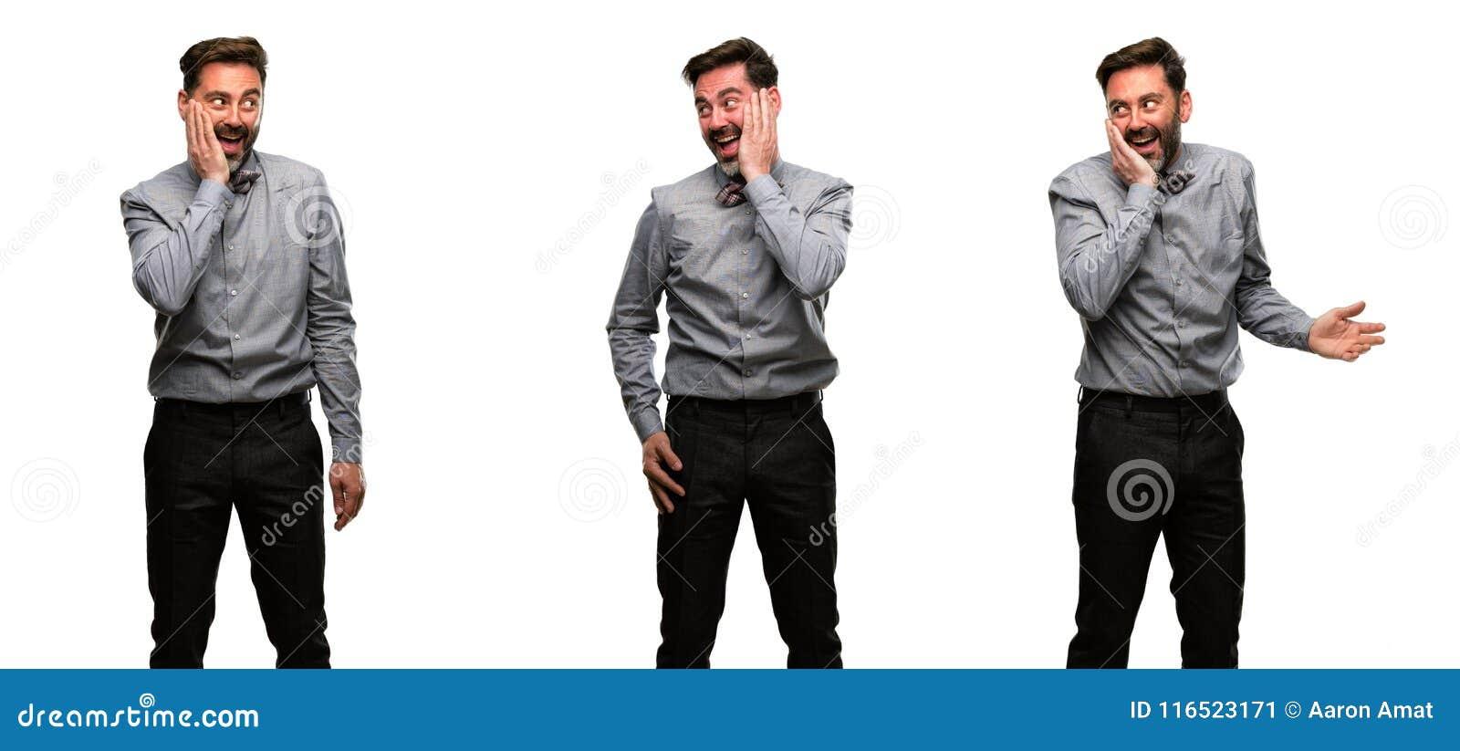Mellersta ålderman som bär en dräkt