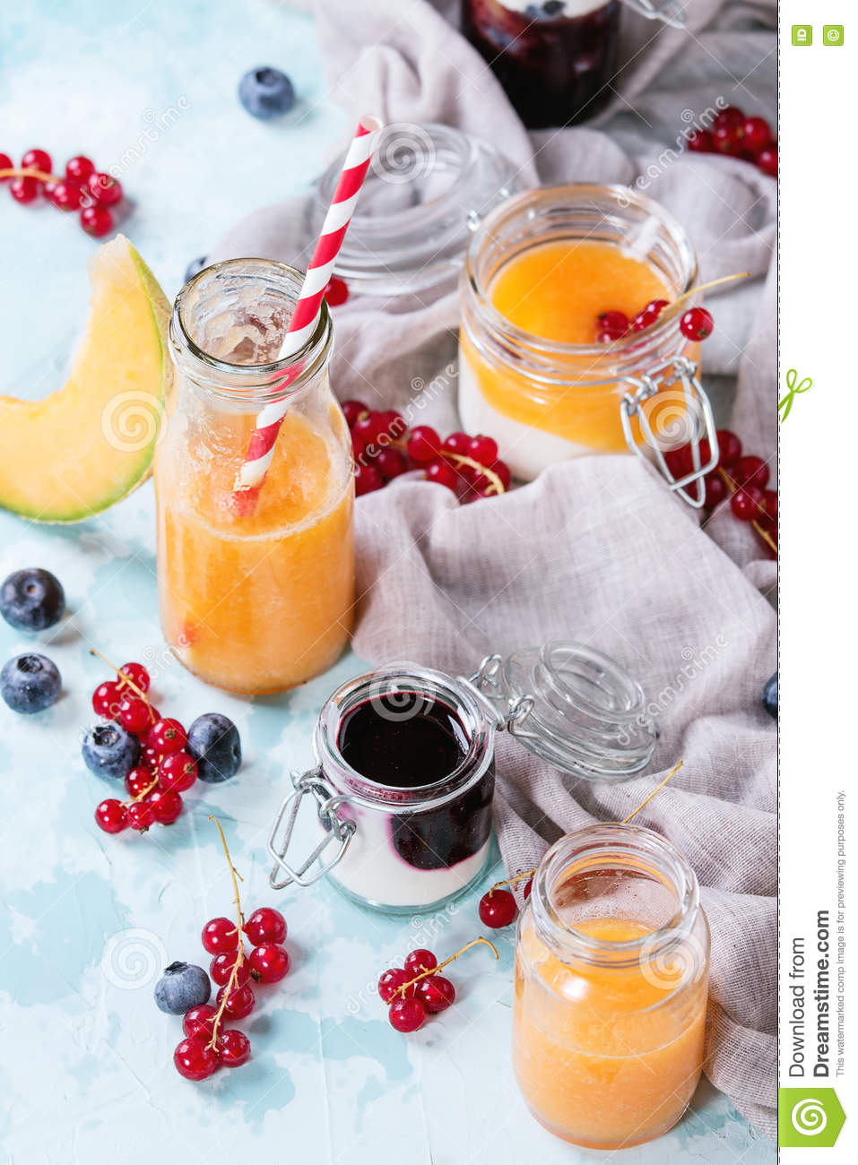 Melon and blueberries smoothie