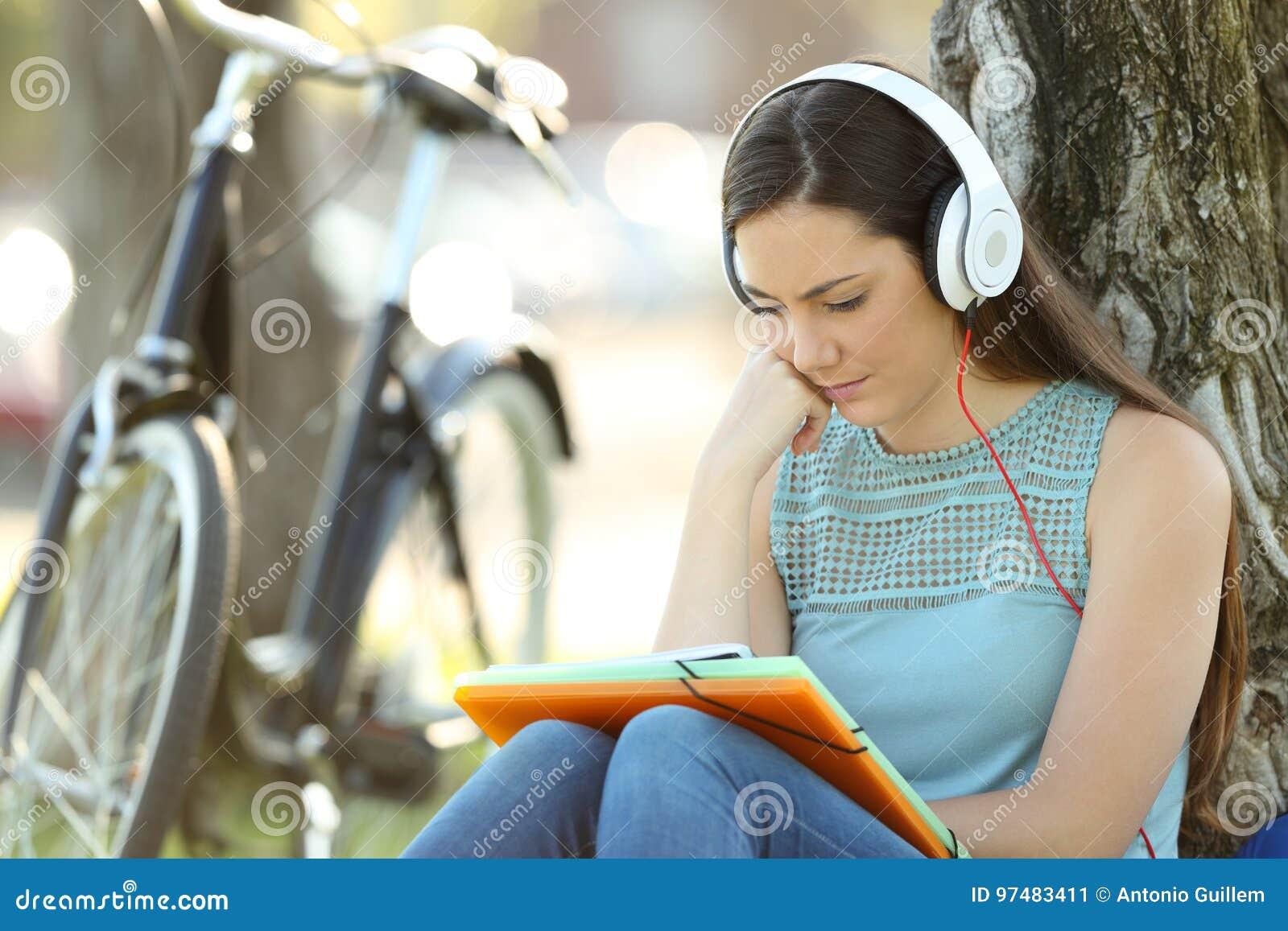 Memorizzazione dello studente e esercitazione d ascolto