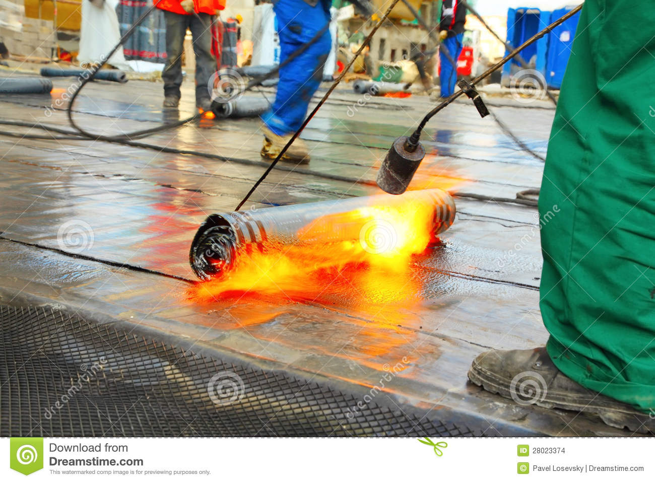 Men Crout Roof With Hot Tar Stock Photo Image 28023374