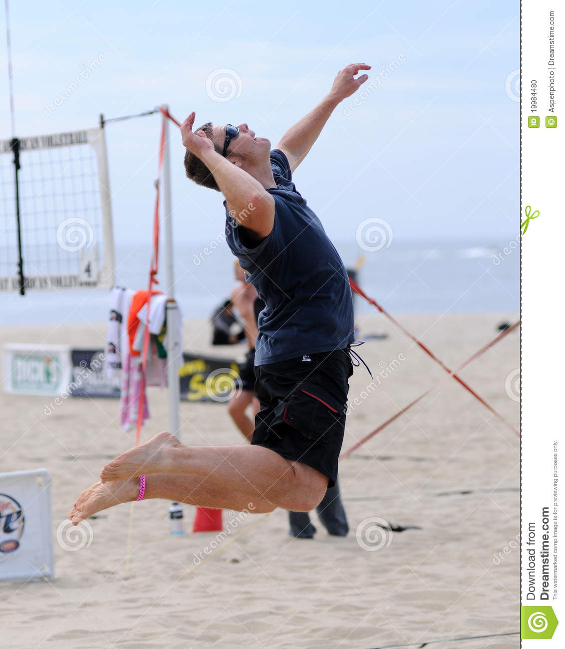 Men's Beach Volleyball Jump Serve Editorial Image - Image ...