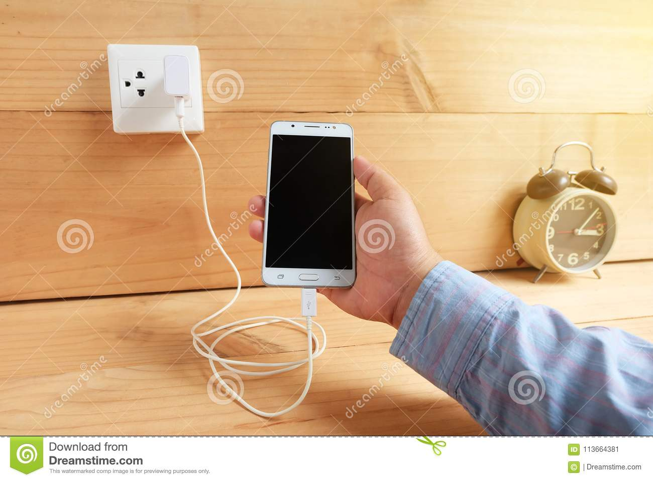 Mobile phone and charging
