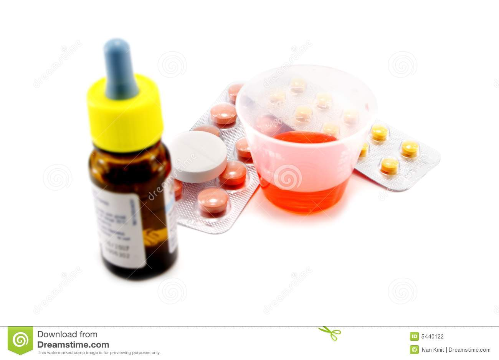 Tablet en mengsel dat op wit wordt geïsoleerde