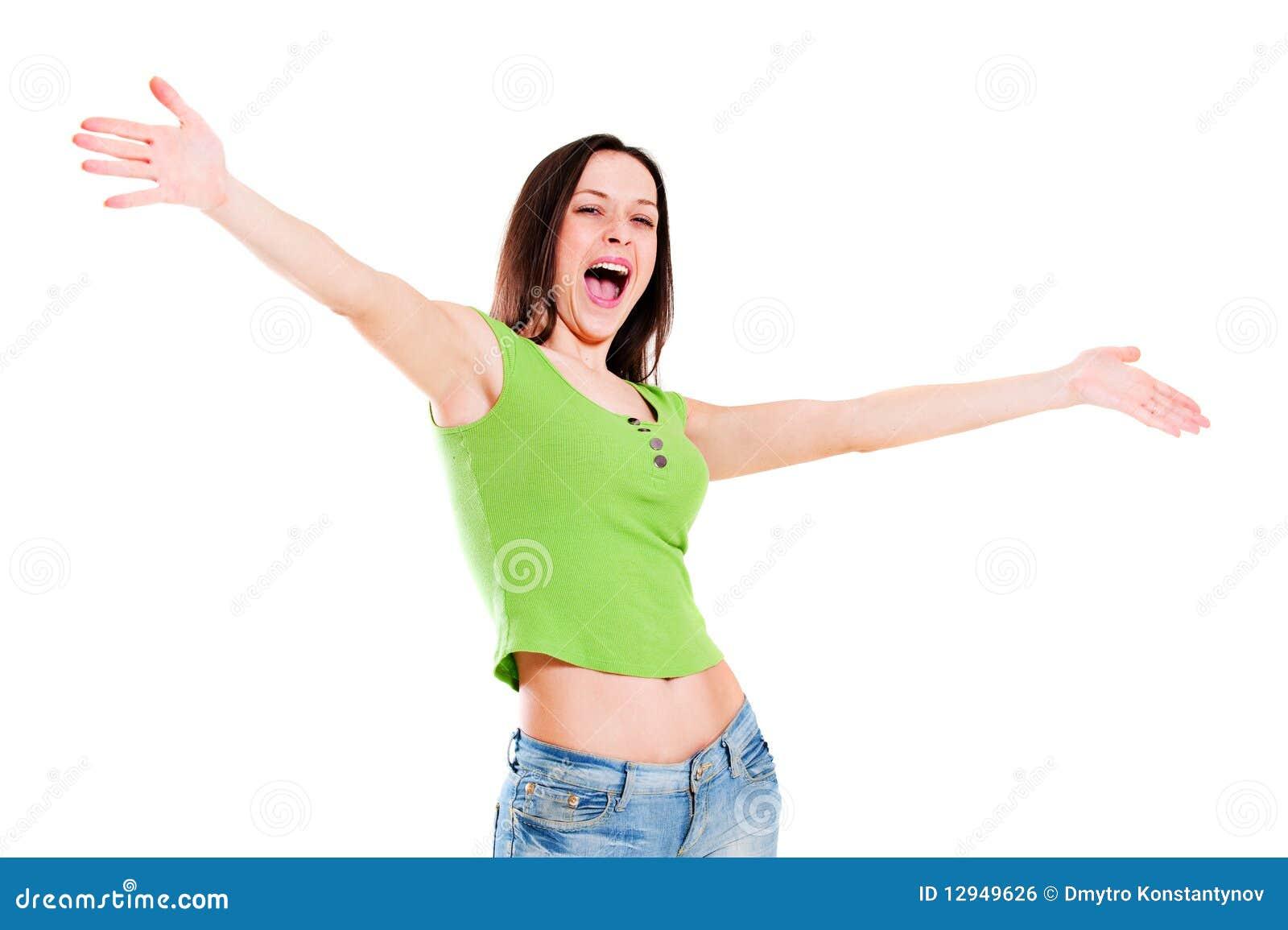 Menina alegre no t-shirt verde