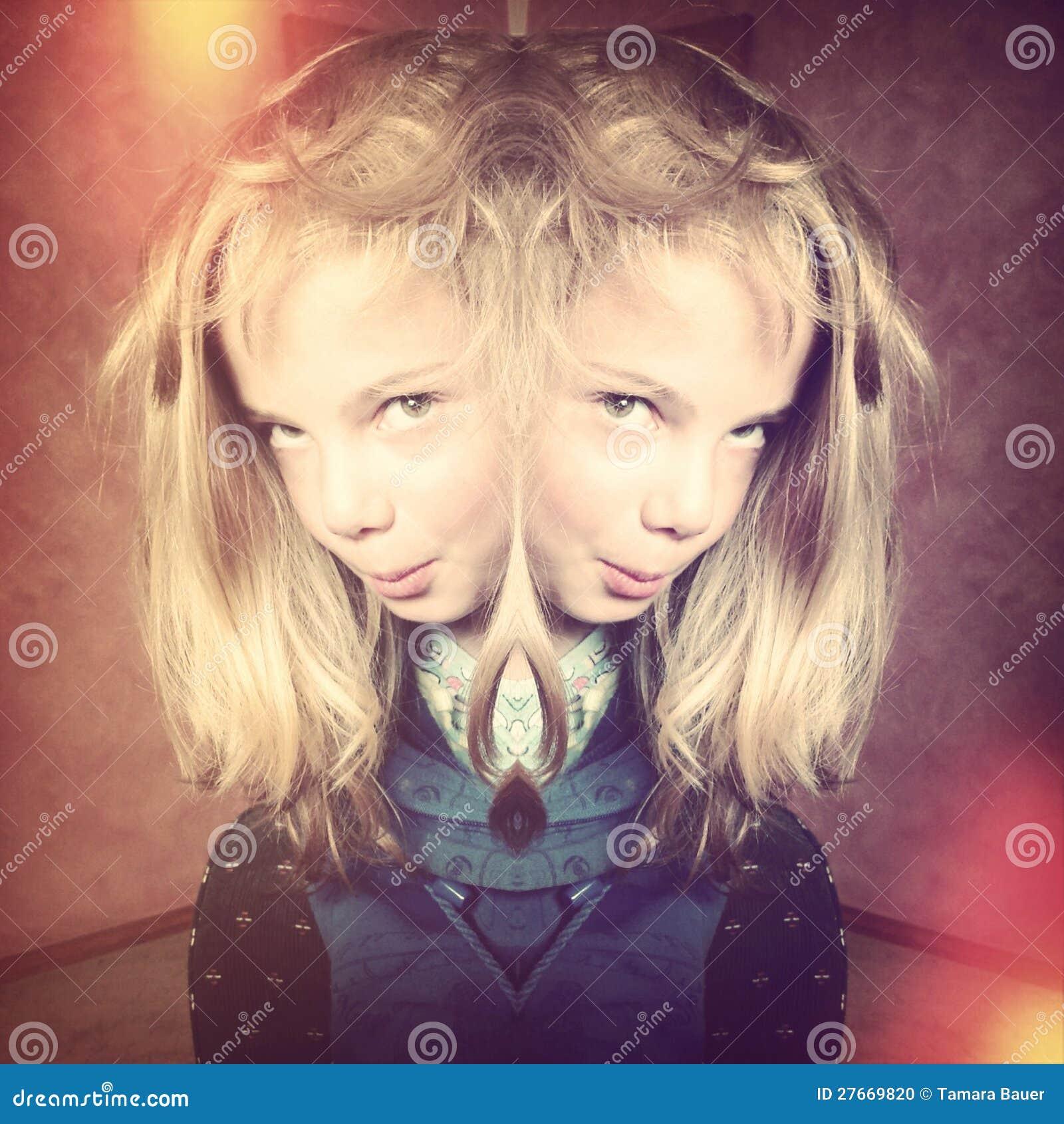 Menina assustador