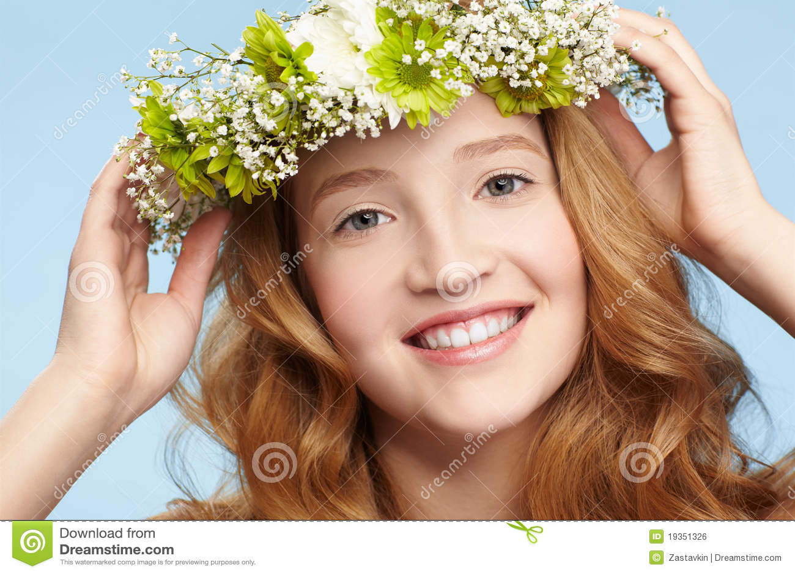 Menina bonita do redhead
