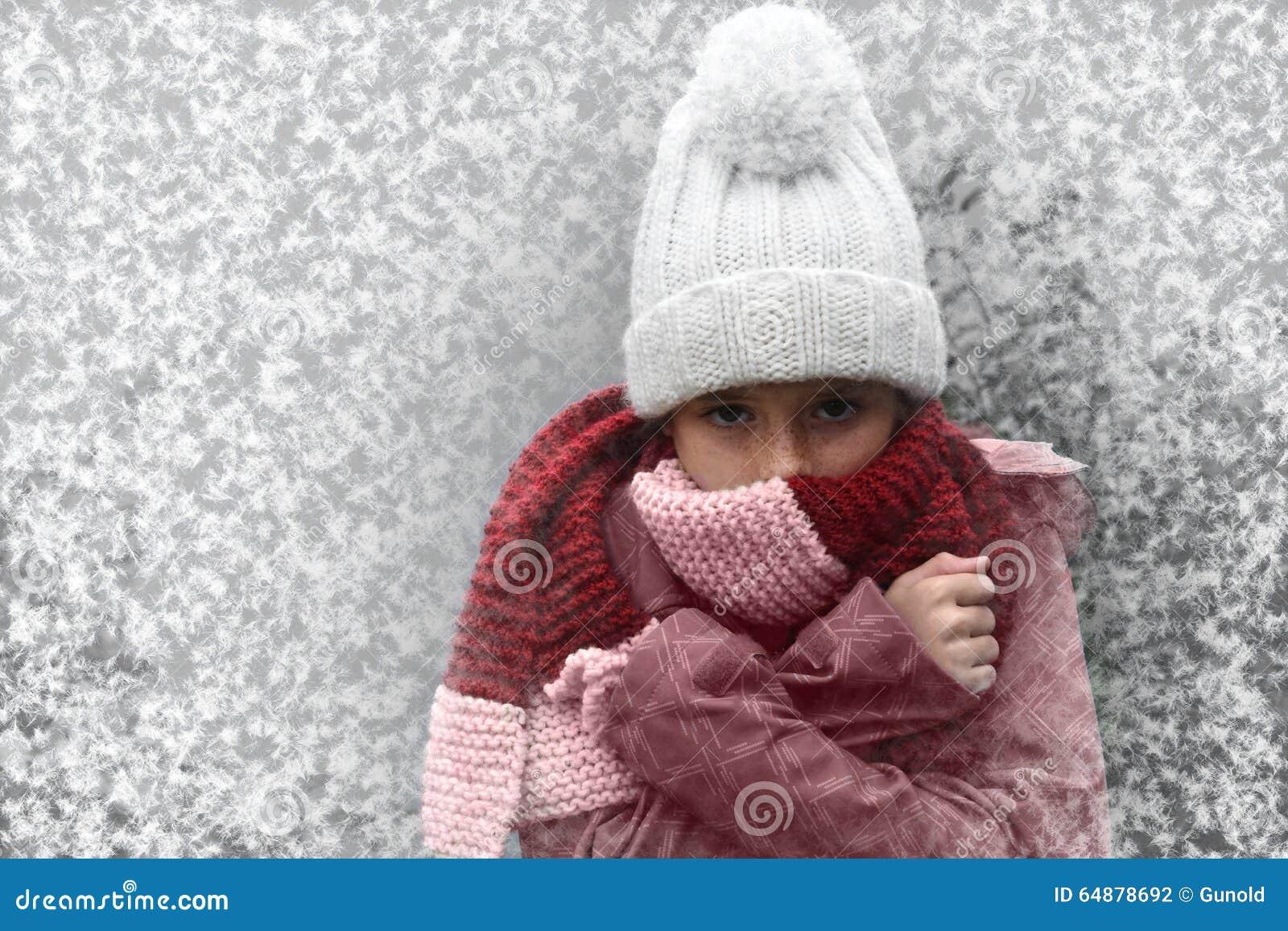 Menina de congelação