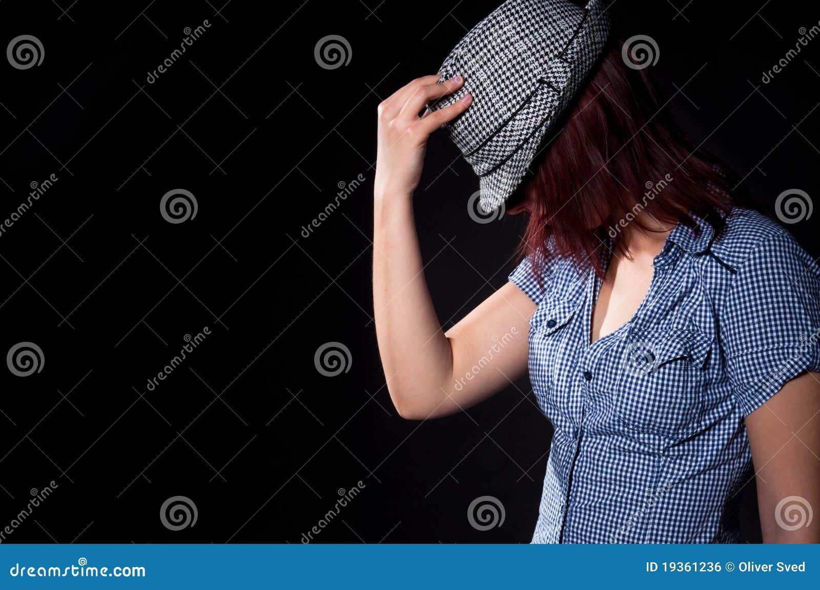 Menina de dança no chapéu