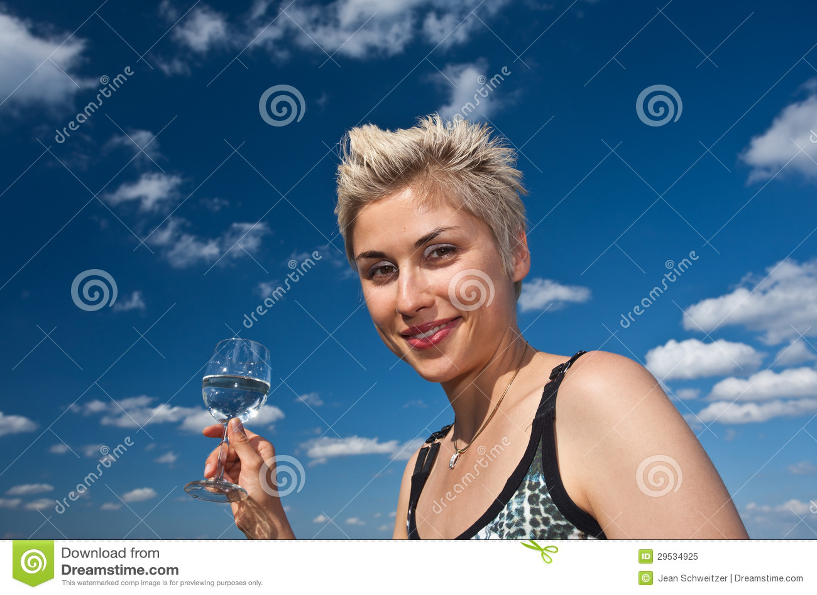 Menina e água