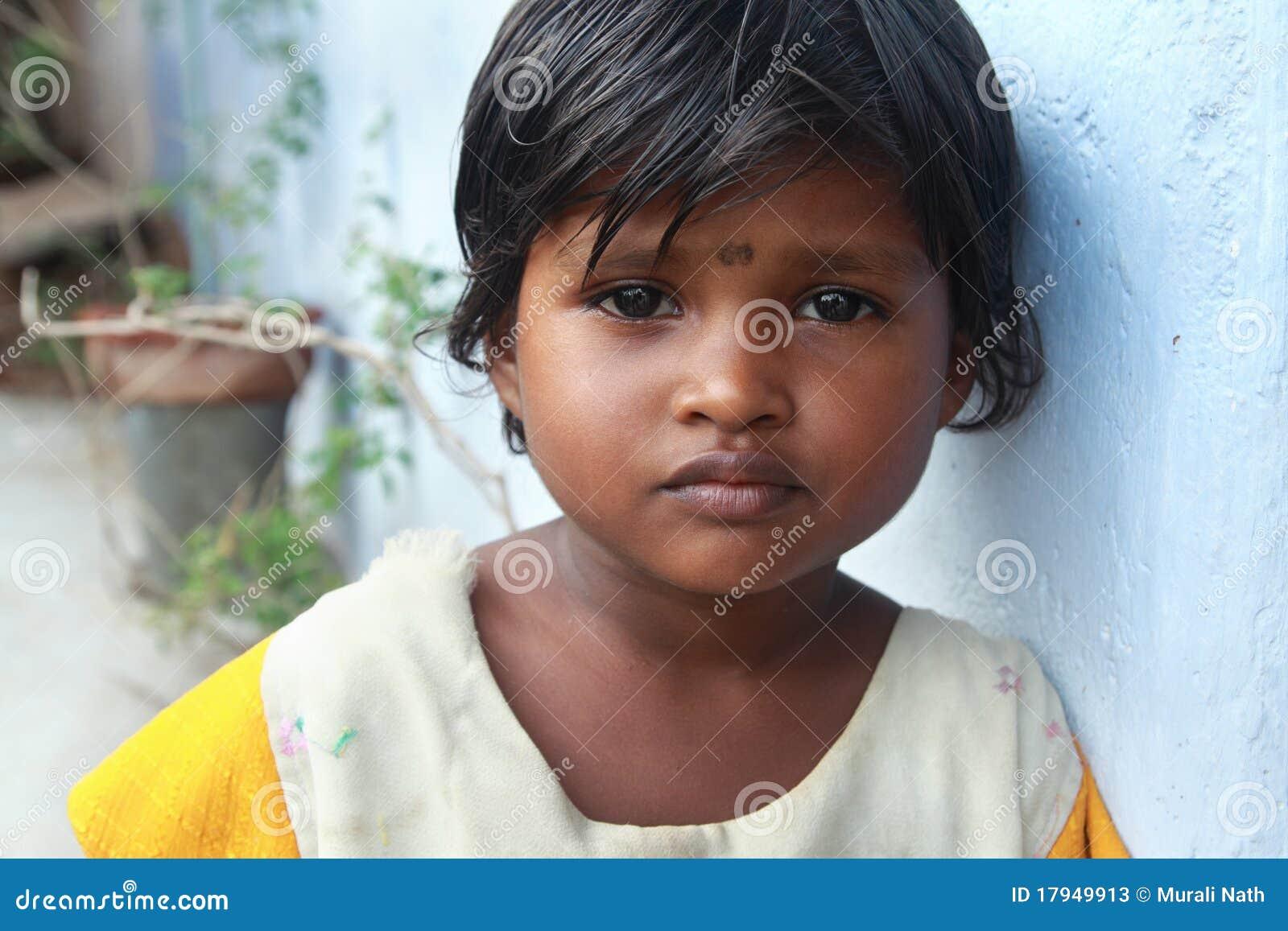 Menina indiana da vila