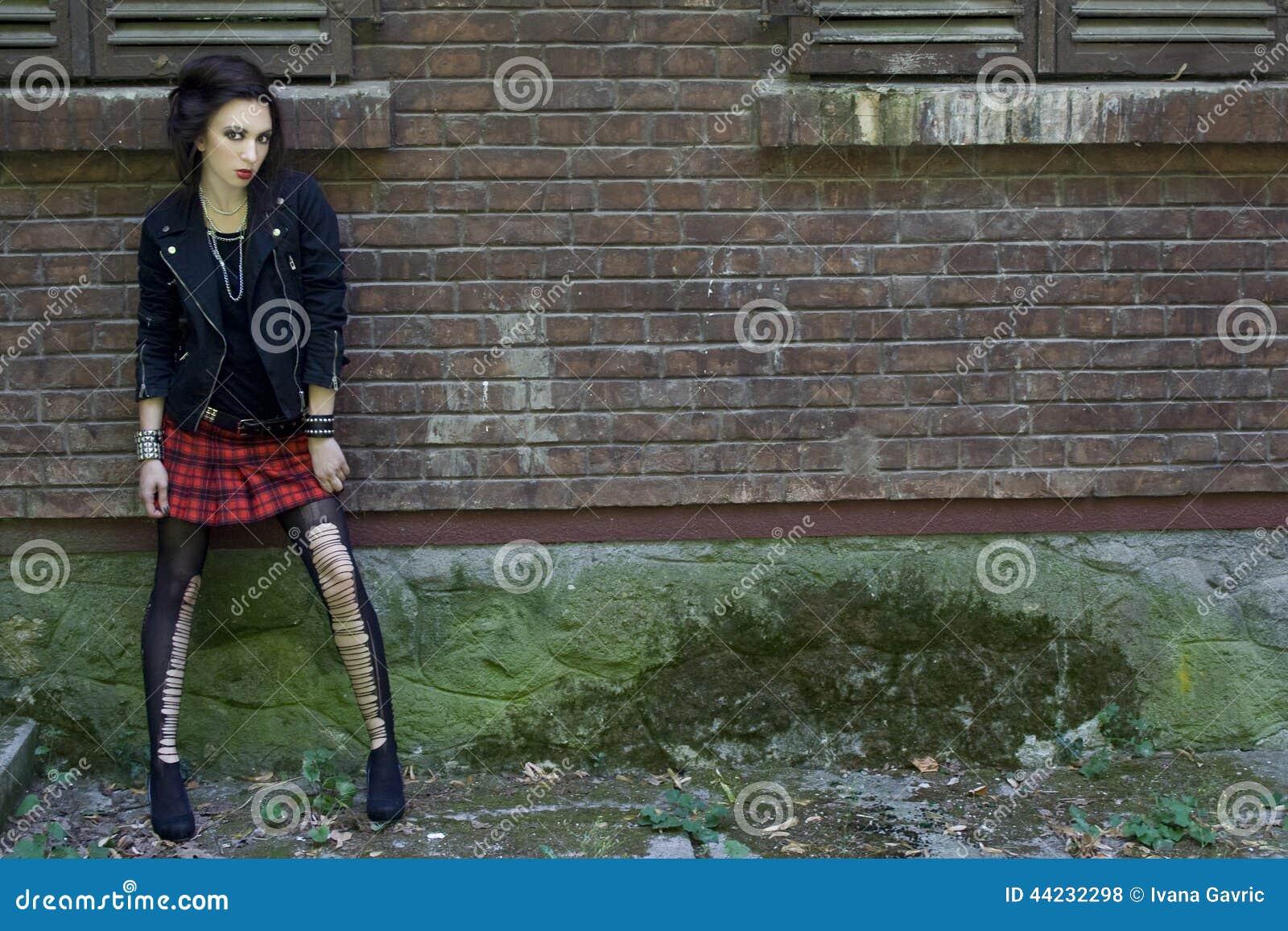 Menina punk