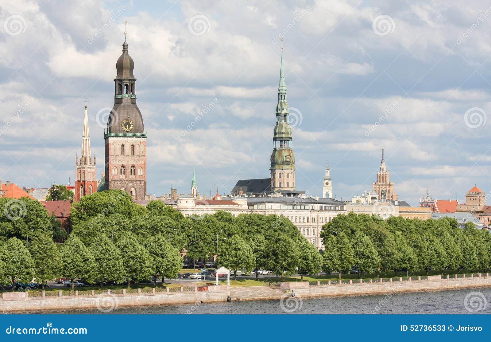 Mening over Riga, Letland