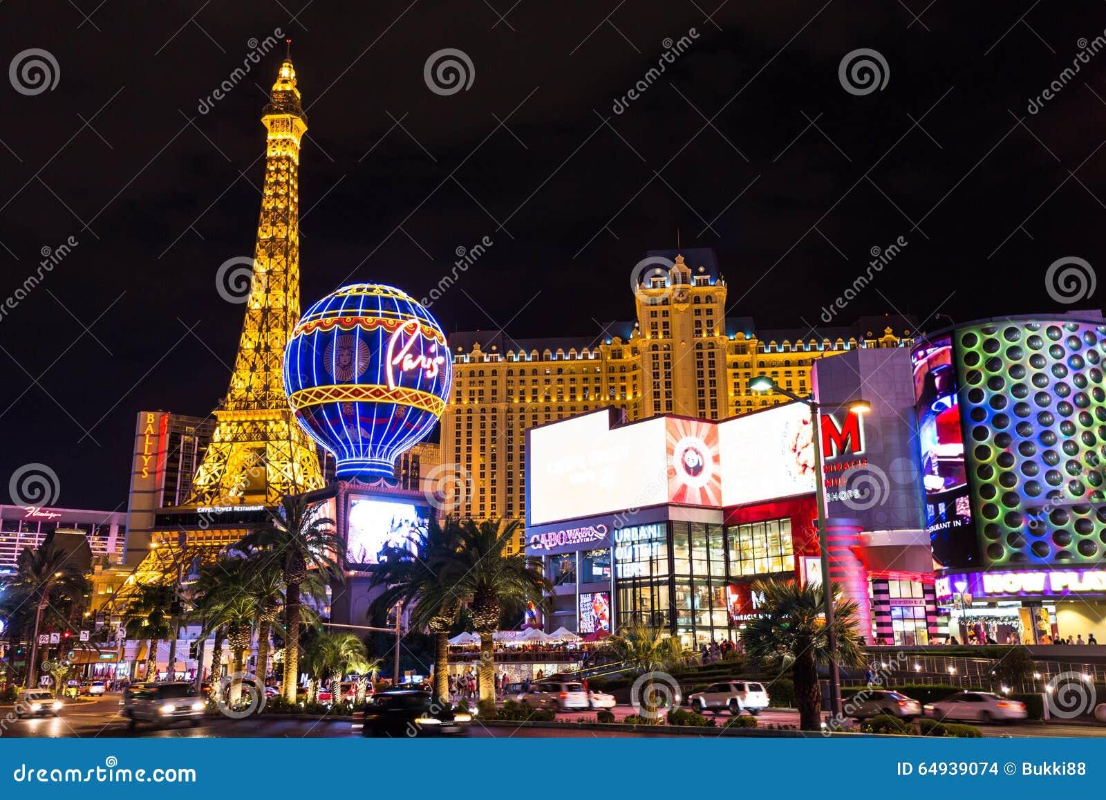 Mening van het het hotel en casino van Parijs Las Vegas bij nacht, LAS VEGAS, de V.S.