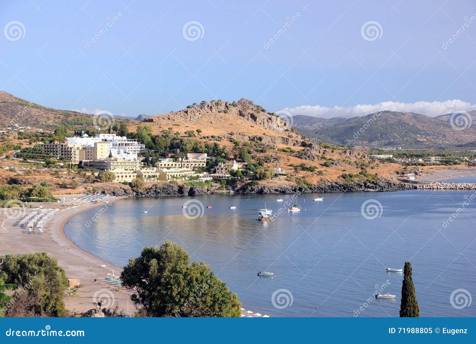 Mening van vlicha baai lindos rhodos griekenland europa stock afbeelding afbeelding 71988805 - Centrale eiland prijzen ...