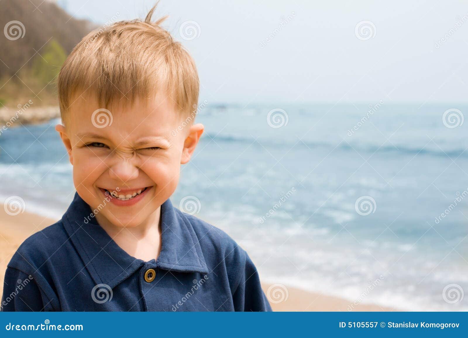 Menino de sorriso
