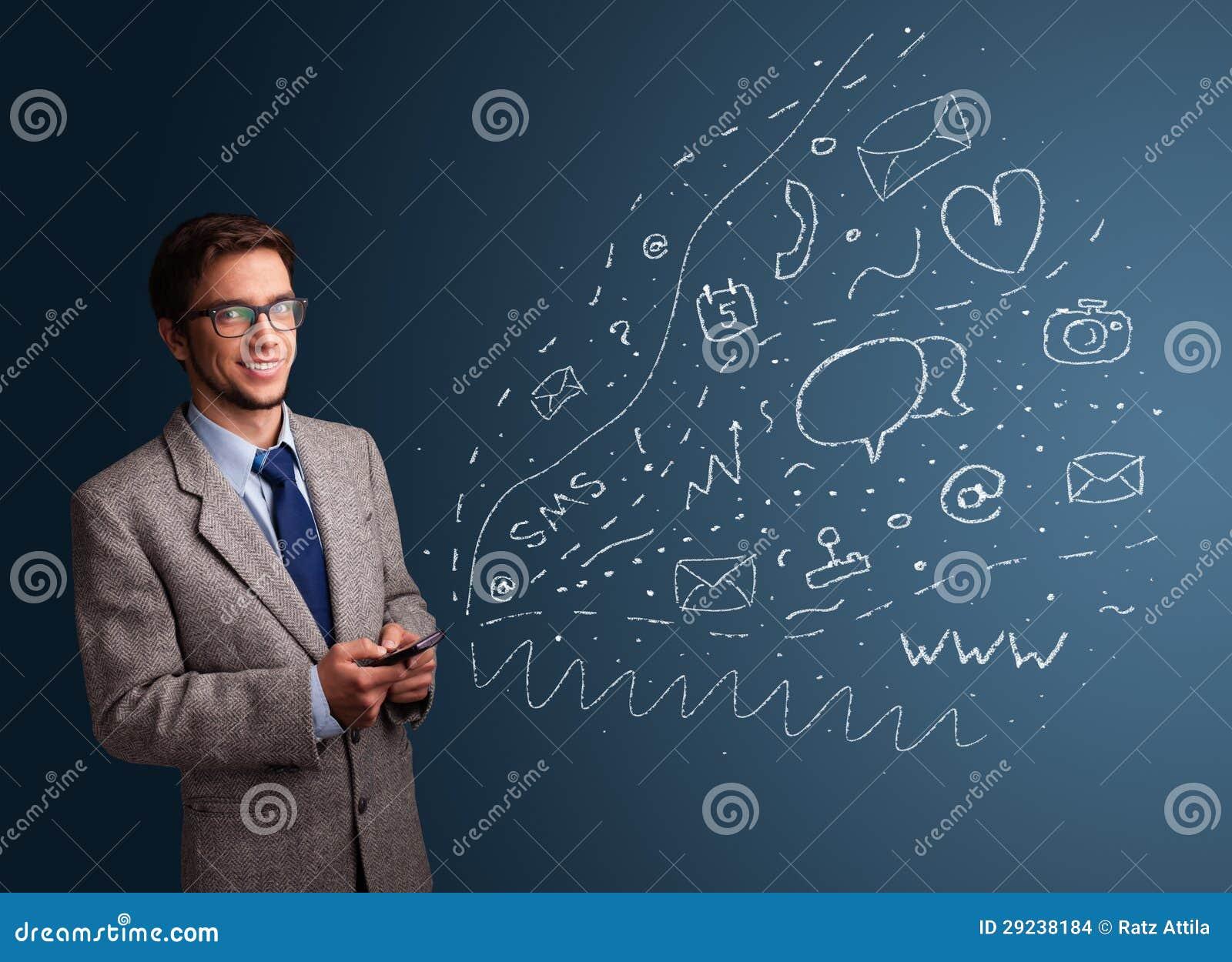 Download Menino Que Datilografa No Smartphone Com Vários ícones Modernos Da Tecnologia Foto de Stock - Imagem de olhar, atendimento: 29238184