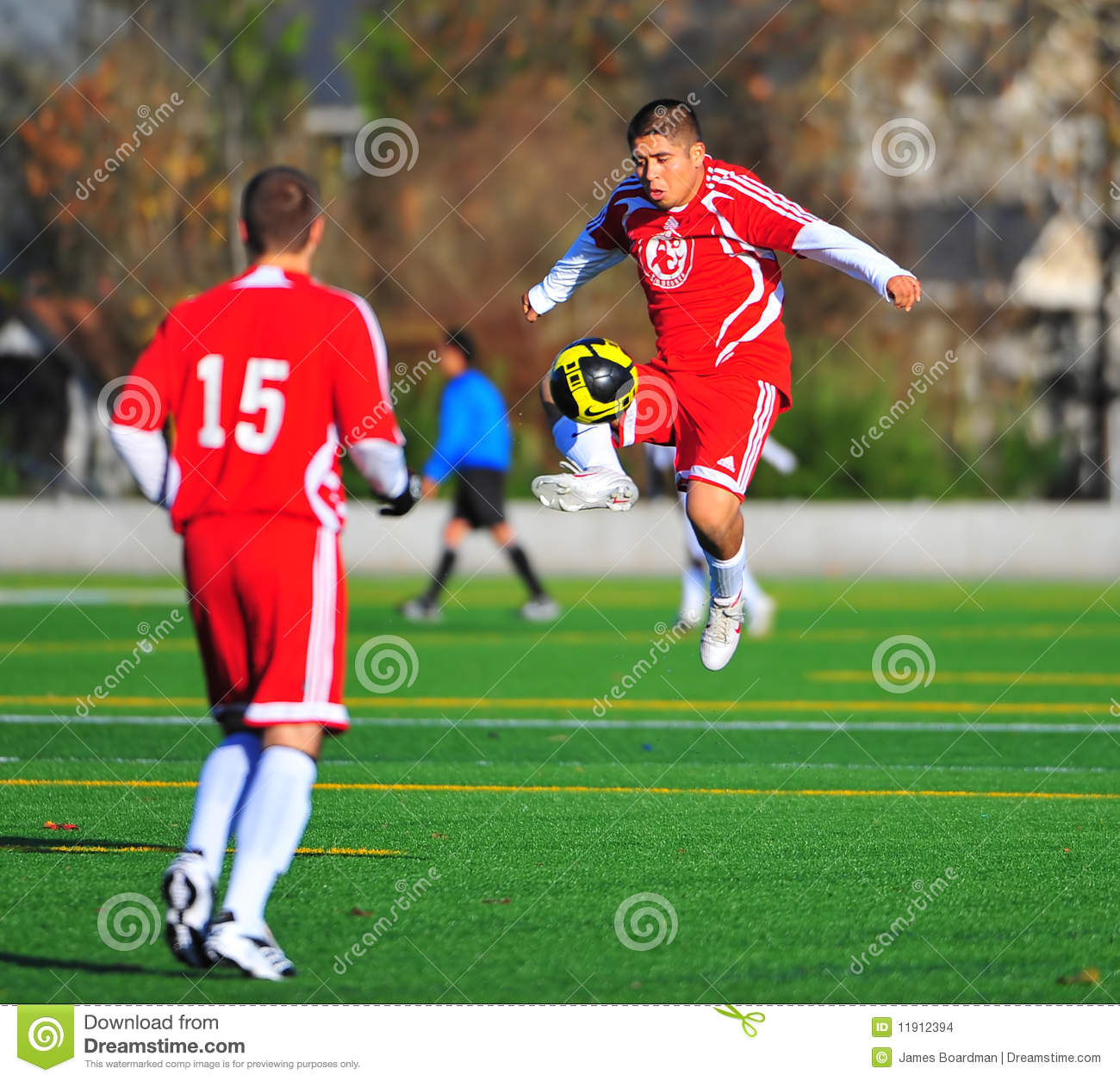 the social interaction of a mens soccer The present research tested the prediction that mixed-sex interactions may temporarily impair cognitive functioning two studies, in which participants interacted either with a same-sex or opposite-sex other, demonstrated that men's (but not women's) cognitive performance declined following a mixed-sex encounter.