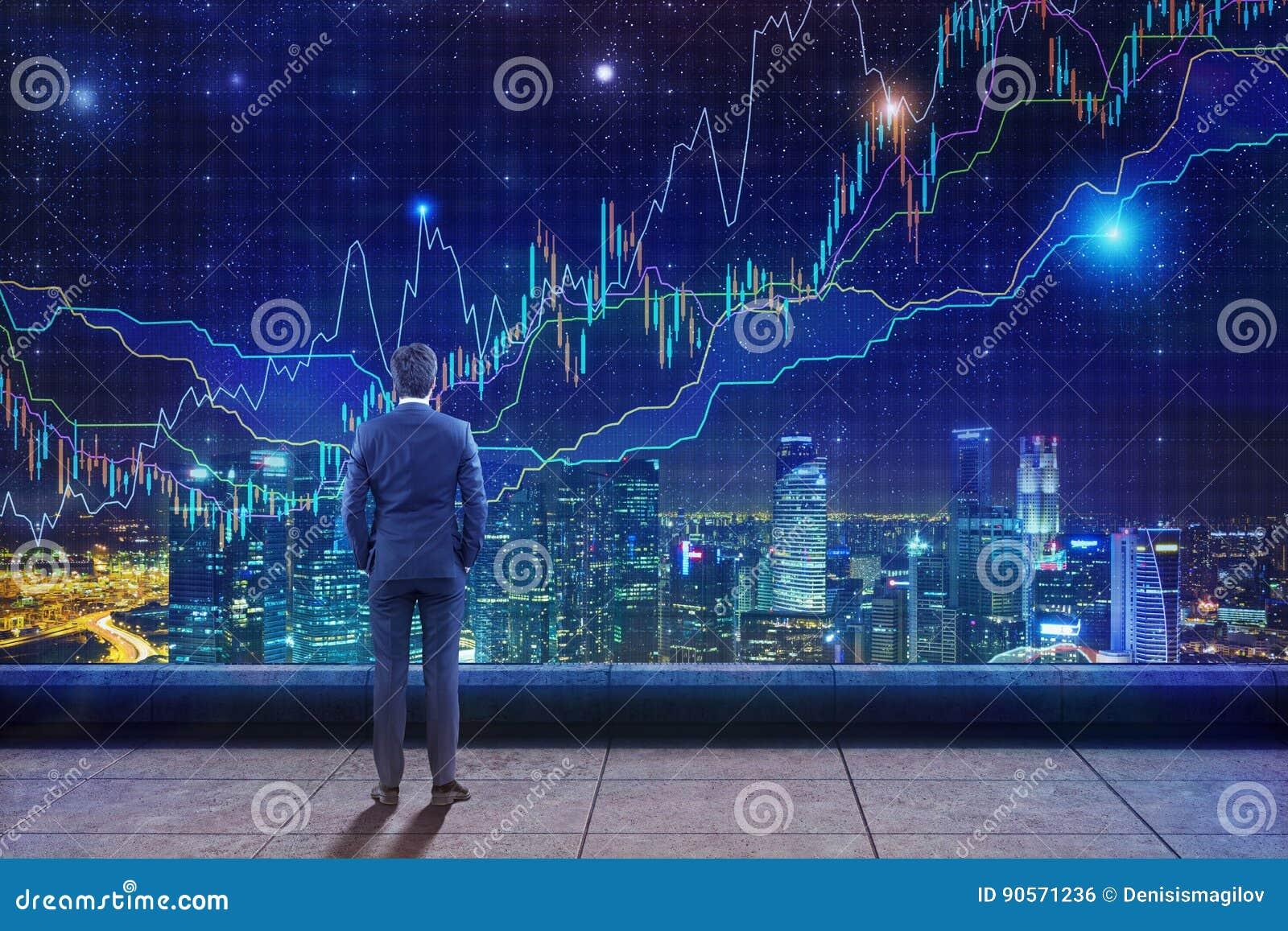 Mens die grafieken op dak bekijken