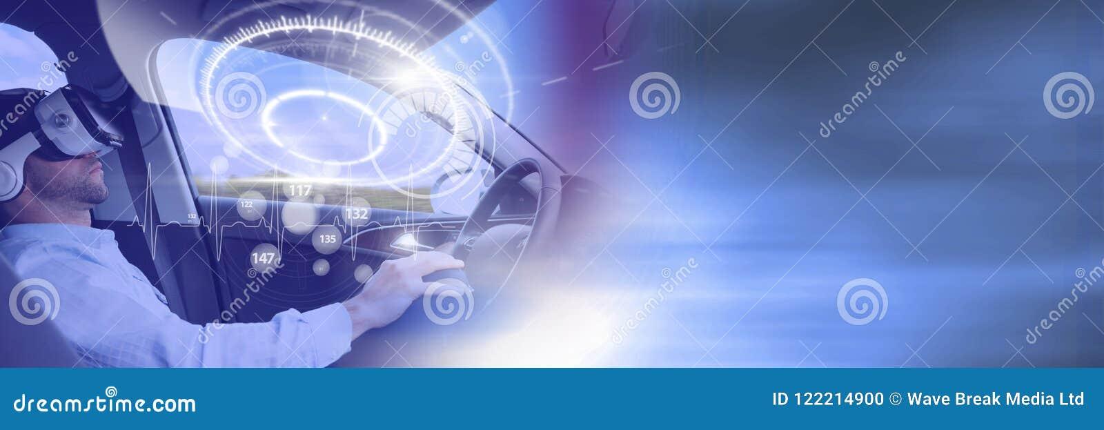Mens het drijven in auto met hoofden op vertoningsinterface en virtuele werkelijkheidshoofdtelefoon en overgang