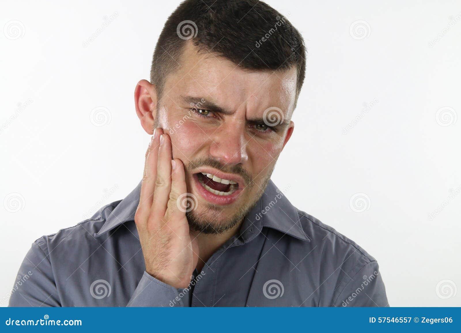 Mens met tandpijn