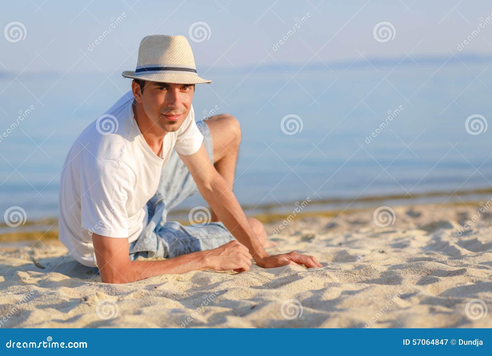 Mens op het strand
