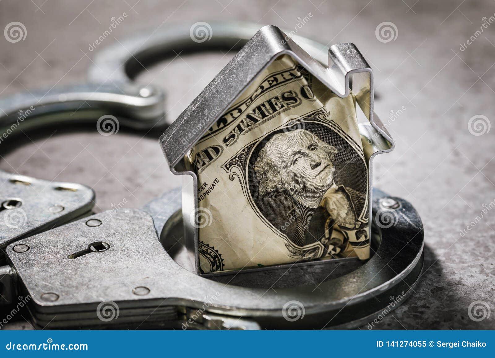 Menschliche Habsucht oder das Konzept auf Betrug von Valutageschäften mit den Immobilien