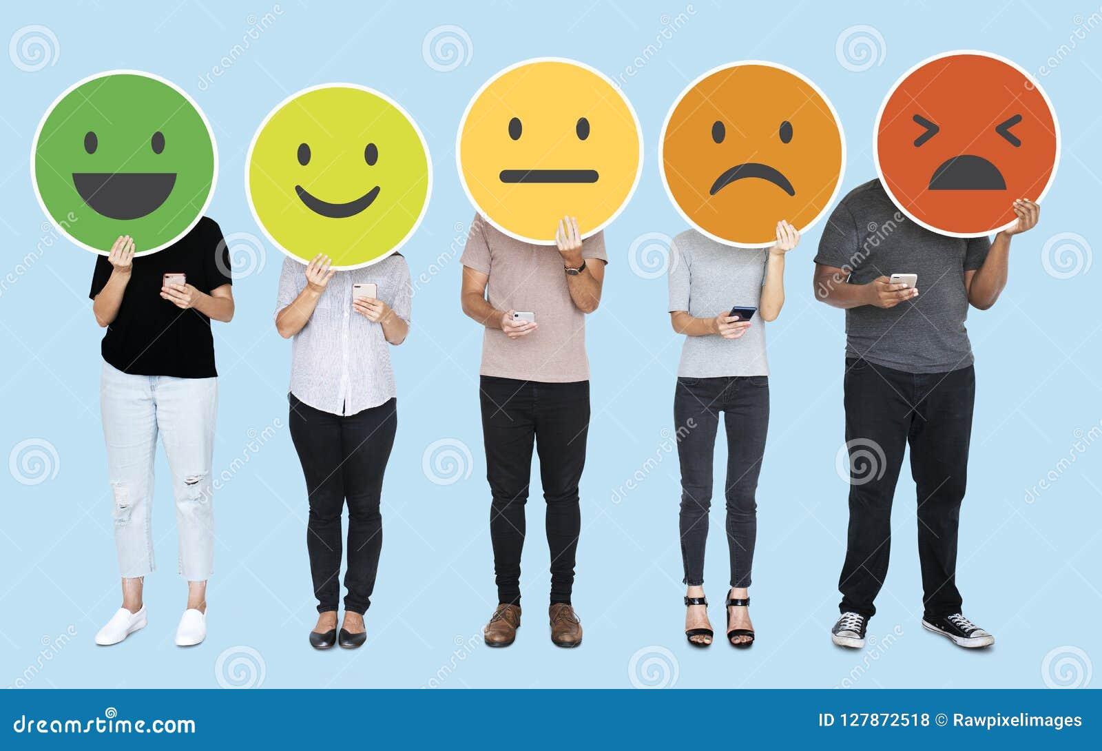 Mensen die diverse het voelen uitdrukking tonen emoticons