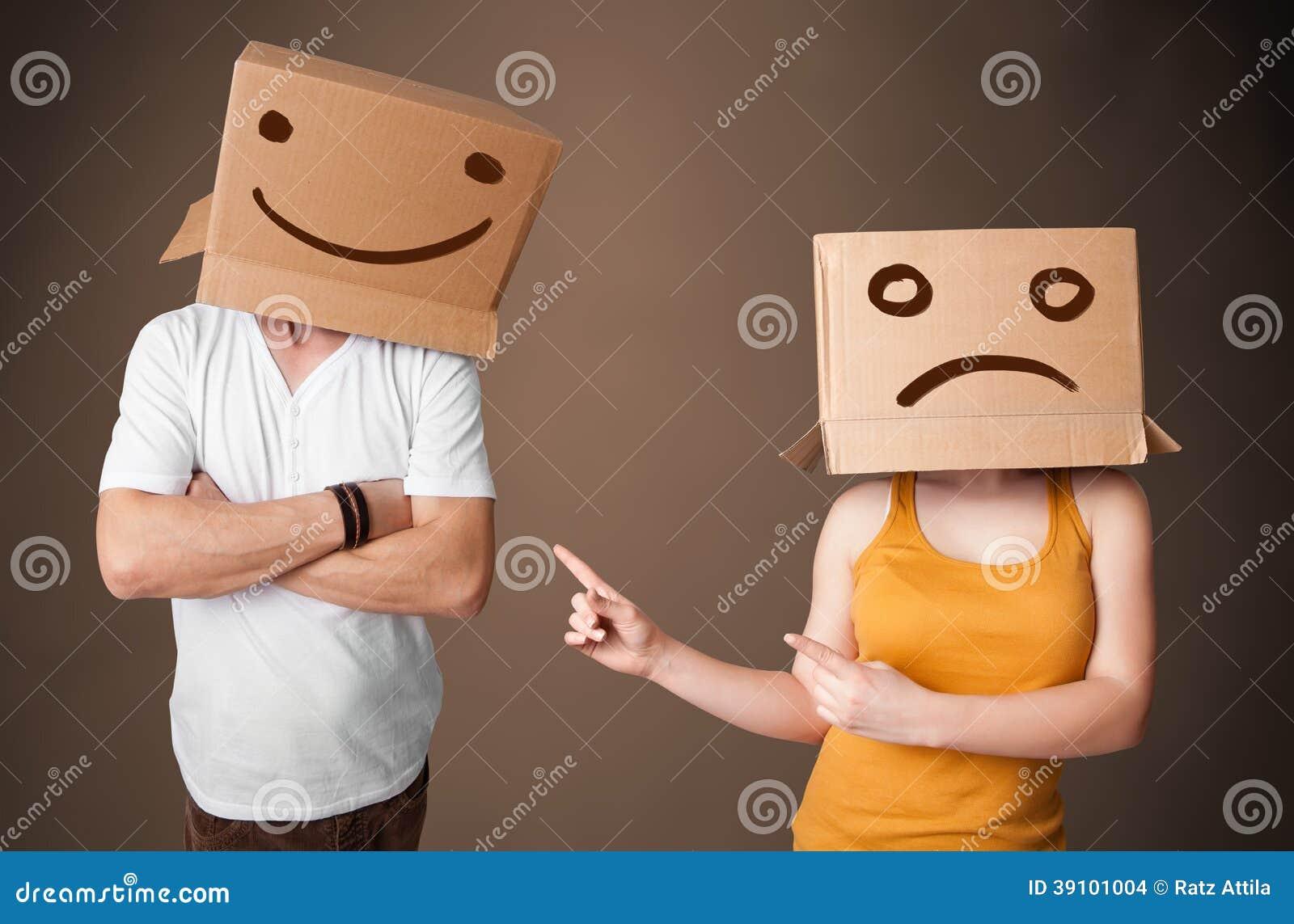 Mensen in kostuum het gesturing met getrokken smileygezichten