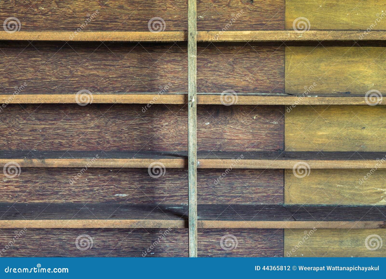 Mensola di legno