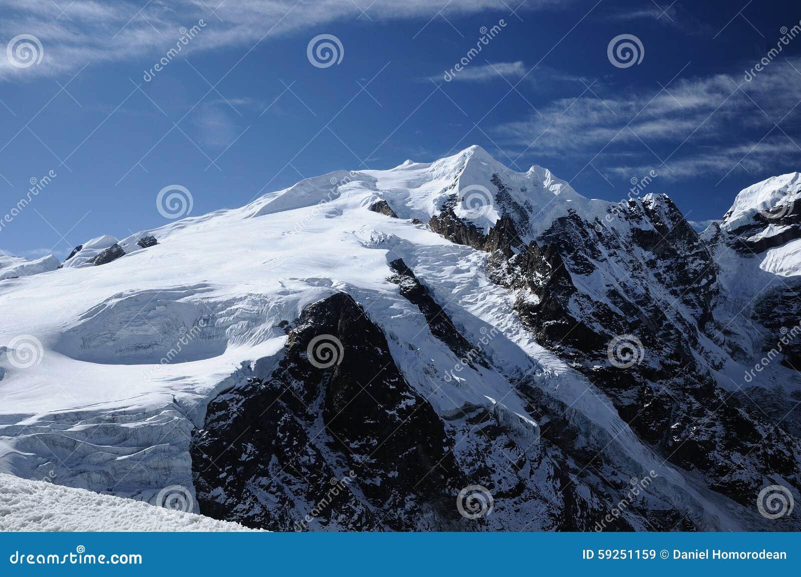 Mera Peak seen from Mera La