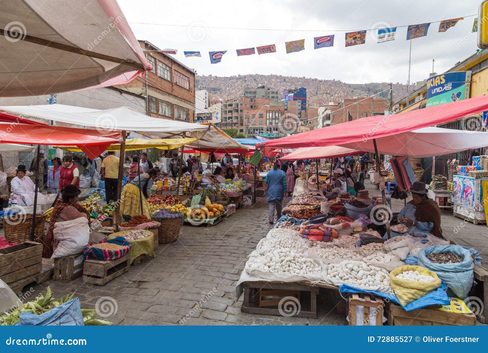 Mercado callejero en la paz bolivia 72885527